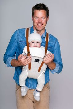 Budu Baby Carrier made with organic and natural bamboo fabric and leather. www.budu.com.au