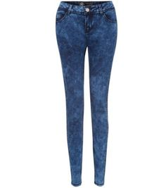 Discover the latest trends with New Look's range of women's, men's and teen fashion. Teen Guy Fashion, New Look, Fashion Online, Latest Trends, Skinny Jeans, Pants, Blue, Clothes, Christmas