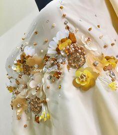 35 отметок «Нравится», 5 комментариев — by Ekyn Ahmad (@blingmybeads) в Instagram: «Details. . . . #beads #beading #beadingwork #manik #jahitmanik #sayajahitmanik #sayajual…»