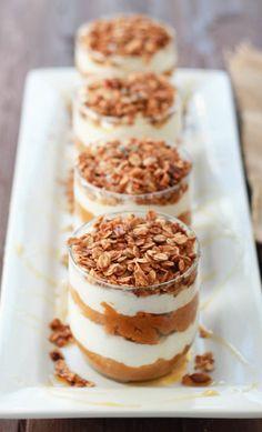 Pumpkin Pie Greek Yogurt Parfaits