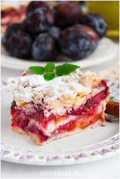 Śliwkowiec sypany - I Love Bake Desserts Menu, Dessert Cake Recipes, Sweets Cake, Fruit Cakes, My Favorite Food, Favorite Recipes, Yummy Cakes, Polish Recipes, Amazing Cakes
