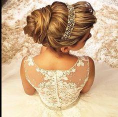 Penteados de Noivas - Cabelo Preso - Quarta imagem