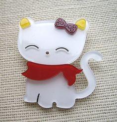 http://www.ebay.com/itm/Elegant-Stripey-Grey-Vibrant-Pink-Lucite-Lady-With-Handbag-Brooch-/200919724000?pt=UK_JewelleryWatches_WomensJewellery_Rings_SR=item2ec7bfafe0 cat brooch