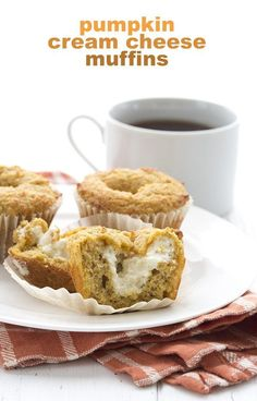 Pumpkin Cream Cheese Muffins – Low Carb and Gluten-Free Pumpkin alert! These are the BEST keto pumpkin muffins. A Starbucks copycat recipe filled with cream cheese for a delicious pumpkin experience. The best low carb muffins around! Pumpkin Cream Cheese Muffins, Pumpkin Muffin Recipes, Pumpkin Cream Cheeses, Cheese Pumpkin, Pumpkin Pumpkin, Apple Recipes, Stevia, Key Lime, Sin Gluten