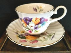 Argyle Bone China Vintage Tea Cup and Saucer Floral Pattern Made in England  #Argyle