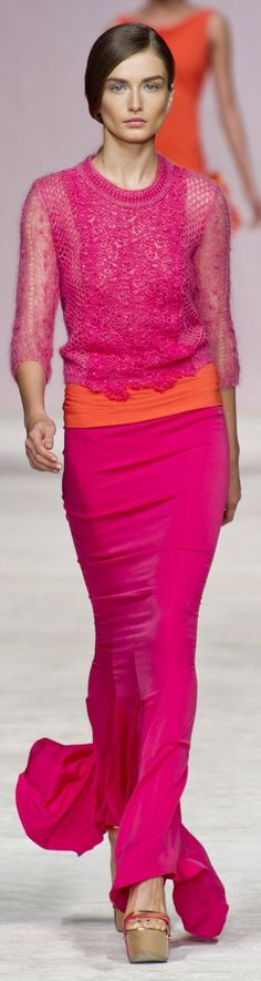 Love the pink and orange :) Ermanno Scervino RTW S/S 2013 ~ Milan Knit Fashion, Runway Fashion, High Fashion, Pink Dress, Dress Up, Winter Typ, Angora, Estilo Fashion, Glamour