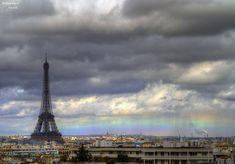 Flat Rainbow over Paris