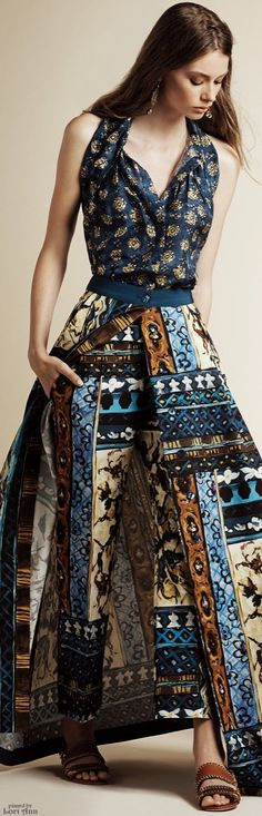 Alberta Ferretti, Resort 2016 - Each group of silhouettes is workable. But not cohesive as a collection,