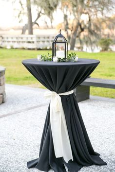 These are the best ways to use a black-and-white color palette throughout your wedding. See our favorite black-white wedding details, including flowers, stationery, and decorations.