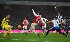 Laurent Koscielny is on the score sheet. Arsenal 1-0 Newcastle United (January 2016)