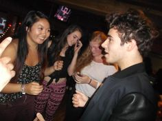 M&G do Nathan na celebração de Cinco de Mayo da @997now em San Francisco.