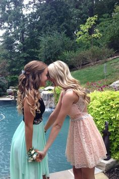 If I was ever going to homecoming at the same time as my sister this would be our pose