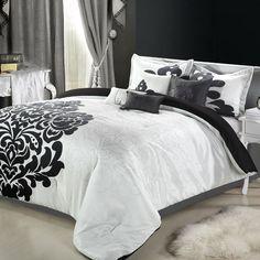 Love this black & white comforter!