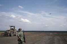 © Stuart Franklin/Magnum Photos HONDURAS. Civil War. Mocoron, La Mosquitia, U.S Combat Engineers construct a field landing strip. This is the 6th airfield the U.S. has constructed. 1986.