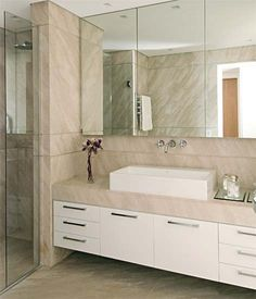 Banheiro em mármore