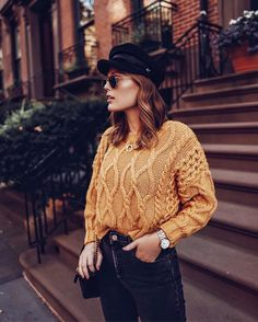 """Charlotte Bridgeman auf Instagram: """"I promise my personality isn't as moody as this photo is... Shop my entire outfit including this dreamy mustard sweater via the link in my…"""" • Instagram"""