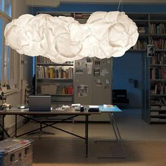 Cloud of Gehry while the lamp and Mamacloud light by Frank O. Gehry | Polo's Furniture