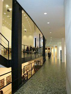 Houston Museum of Fine Arts - Mies Houston Museum, Ludwig Mies Van Der Rohe, Museum Of Fine Arts, Love Design, Travel Usa, Modern Architecture, Stairs, Interior Design, Texas