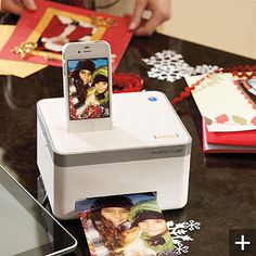 iPhone photo cube printer - did I already pin this 1-2 times? Must really want!!!