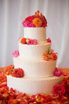 Pink and Orange Wedding Ideas | Wedding Cake. http://simpleweddingstuff.blogspot.com/2014/04/pink-and-orange-wedding-ideas.html