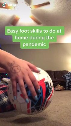 Soccer Footwork Drills, Soccer Practice Drills, Soccer Training Drills, Soccer Coaching, Soccer Jokes, Soccer Stuff, Soccer Tips, Football Tricks, Football Workouts