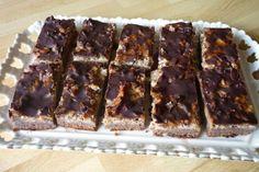 Luxusný jablkový koláč, recept   Tortyodmamy.sk Food And Drink, Apple, Cooking, Cake, Sweet, Desserts, Deserts, Apple Fruit, Kitchen