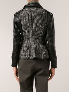 You'll find a great selection of women's designer biker jackets at Farfetch. Search from over 2000 designers for all the latest in designer leather biker jackets Winter Coats Women, Coats For Women, Jackets For Women, Fur Fashion, Leather Fashion, Fashion Outfits, Herringbone Jacket, Leather Dresses, Jacket Style