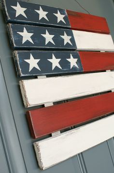 Outdoor 4th of July Decor with pallet or 1x4's