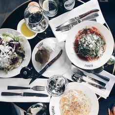 158 vind-ik-leuks, 3 reacties - Hotspots of Amsterdam -Martijn (@hotspotsofamsterdam) op Instagram: '(A little) Italian food never killed nobody @ San George 😉 #sangeorge #amsterdam #hotspot…'