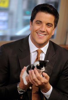 Cuteness abounds on Good Morning America... (Josh Elliot) - I just want a man to wake me up every day with that sweet voice!