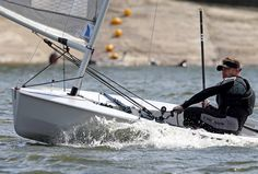 Lee Tennant sailing his new solo dinghy