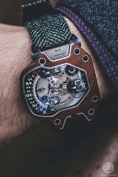 Beauty of a watch found on Wantfolio. I want it.