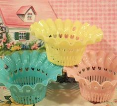 Vintage pastle nut cups...too cute :)