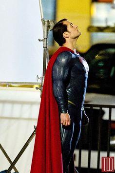 Henry-Cavill-Amy-Adams-On-Movie-Set-Batman-Superman-Dawn-Justice-Tom-Lorenzo-Site-TLO (4)