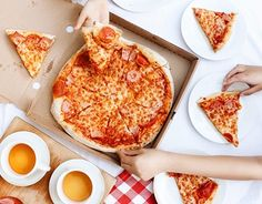 """Check out new work on my @Behance portfolio: """"Flatlays: Pizza Time!"""" http://be.net/gallery/45797279/Flatlays-Pizza-Time"""