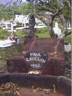 Cemetery Statues, Cemetery Headstones, Cemetery Art, Paul Gauguin, Unusual Headstones, Life After Death, Famous Graves, Historical Artifacts, Memento Mori
