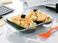 Aguacate relleno de ensaladilla y gambas ¡Deliciosooo! #gastronomia #cocina #recetas