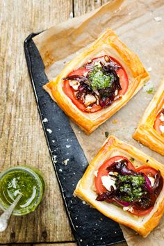 tartlets with goats cheese and onion marmalade