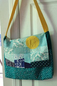 Ready,Set,Go! ~ Sun + Sea Patchwork Messenger Bag « Sew,Mama,Sew! Blog    Would be a great satchel and/or art bag for Fin