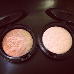 Mac Highlighters mineralized skin finish soft and gentle Kiss Makeup, Mac Makeup, Love Makeup, Makeup Inspo, Makeup Inspiration, Makeup Brushes, Makeup Trends, All Things Beauty, Beauty Make Up