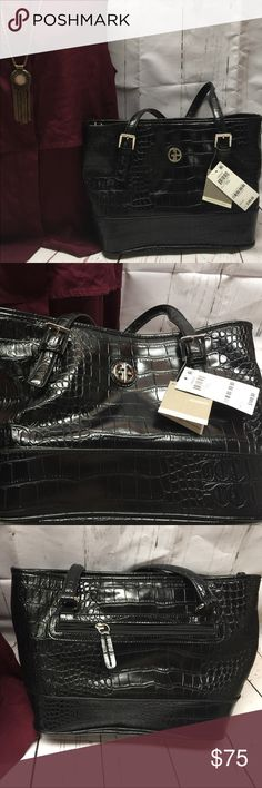 NWT 👜 GIANI BERNINI CROCO HANDBAG BLACK NWT beautiful & elegant Handbag has zip pocket on bag, interior middle zipper, two snap compartments, inside zip side pocket. 👜 A gorgeous addition to your Handbag collection 👜 Bundle with other items in my closet to save BIG!  All reasonable offers are accepted. Giani Bernini Bags Shoulder Bags