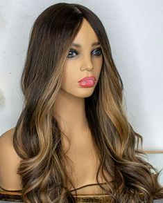 Ombre Highlights, Long Hair Styles, Beauty, Long Hairstyle, Long Haircuts, Long Hair Cuts, Beauty Illustration, Long Hairstyles, Long Hair Dos