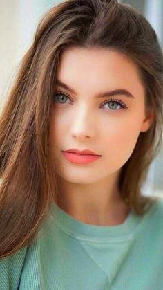 Beauty Girl: New beauty Lovely Eyes, Most Beautiful Faces, Pretty Eyes, Stunning Eyes, Stunning Women, Girl Face, Woman Face, Brunette Girls, Brunette Beauty