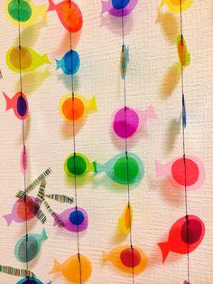 自然を感じる、イワシの大群モビール9 Easy Crafts For Kids, Diy For Kids, Diy And Crafts, Origami And Kirigami, Paper Crafts Origami, Diy Garland, Garlands, Fish Shapes, Craft Club