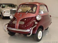 Classic Car News – Classic Car News Pics And Videos From Around The World Fancy Cars, Cute Cars, Bmw Isetta, Minis, Sports Cars Lamborghini, Microcar, Bmw Classic Cars, Miniature Cars, Super Sport Cars