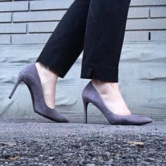 #throwbackthursday to when I bought the best pair of  #enzoangiolini heels at @schadboutique #ottawa #fashion #style #ottawastyle #ottawafashion  #igersOttawa #narcityOttawa #myOttawa #ootd #ootdottawa #fashioncanadians #curvy #curvyblogger #curvystyle #ottawablog #ottawablogger #canadianstyle #canadianfashion #canadianblog #canadianblogger #fashionblog #styleblogger