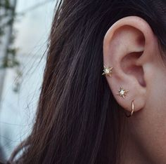 Blush Crystal Earrings Blush Wedding ear cuff earrings Ear cuff no piercing Bridesmaid Cartilage earrings - Custom Jewelry Ideas Bling Bling, Jewelry Box, Jewelry Accessories, Jewlery, Diamond Earrings, Stud Earrings, Starburst Earrings, Cute Piercings, Piercing Tattoo
