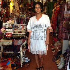 Carlena looks so cute and casual in this caftan she scored at the shop!