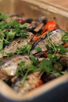 EPISODE 9: MEDITERREENSE VRIENDSKAPSMAAL Seaweed Salad, Japchae, Food For Thought, New Recipes, Veggies, Tasty, Age, Fruit, Healthy