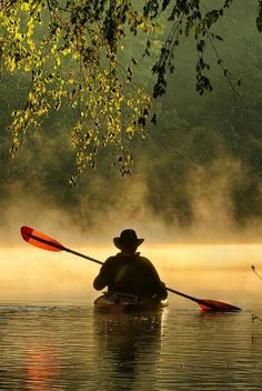 Morning paddling (Bourbeuse River, Ozarks, Missouri) by Robert Charity on Peaceful Camping En Kayak, Canoe And Kayak, River Kayak, Canoa Kayak, Foto Nature, Kayaking Tips, Kayaks, Outdoor Life, Rafting
